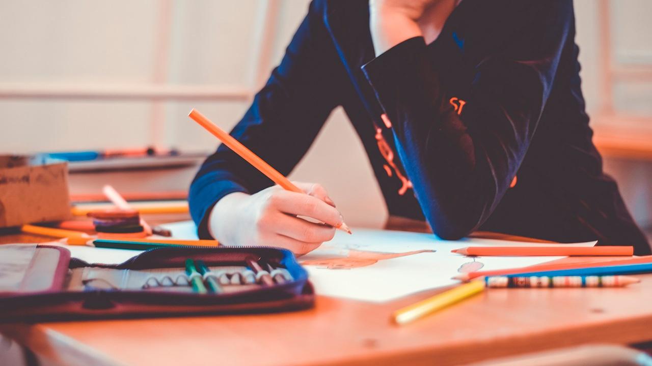 В России свыше 97% школьников вернулись к очному обучению
