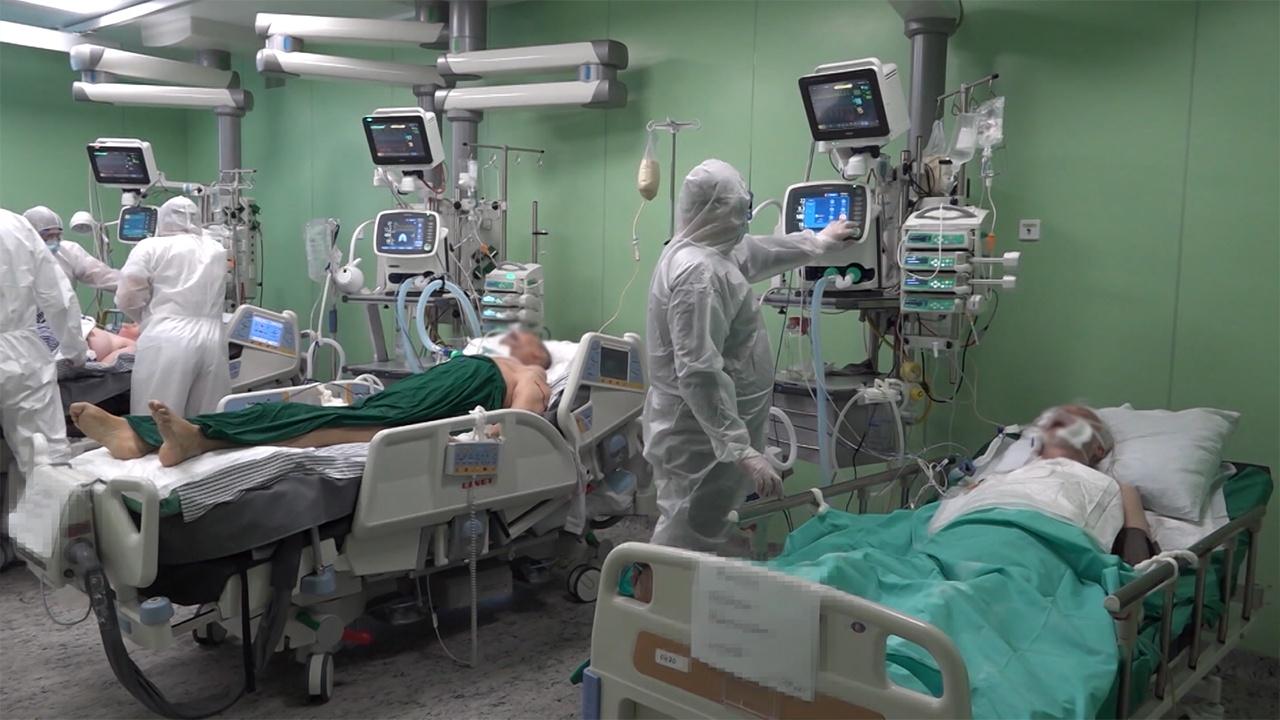 Новейшая методика: в Военно-медицинской академии лечат COVID-19 с использованием плазмы вакцинированных доноров