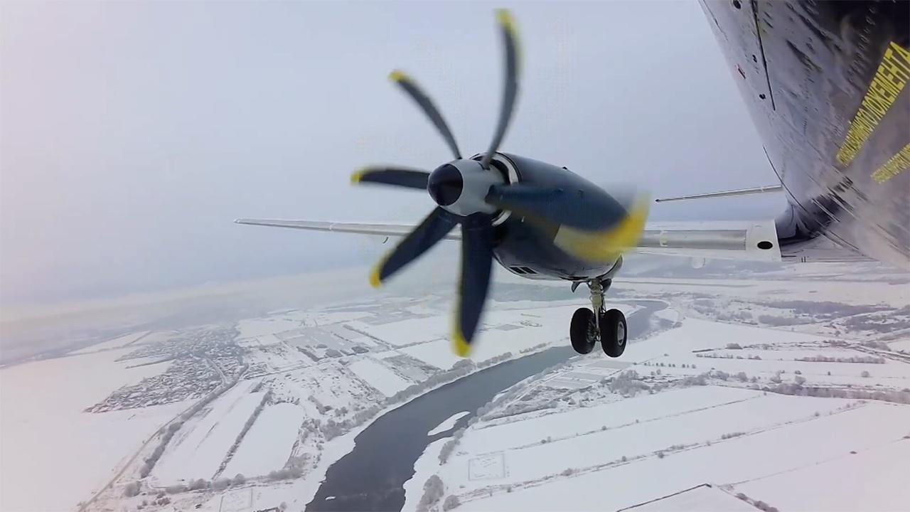 Новый самолет Ил-114-300 совершил свой второй полет
