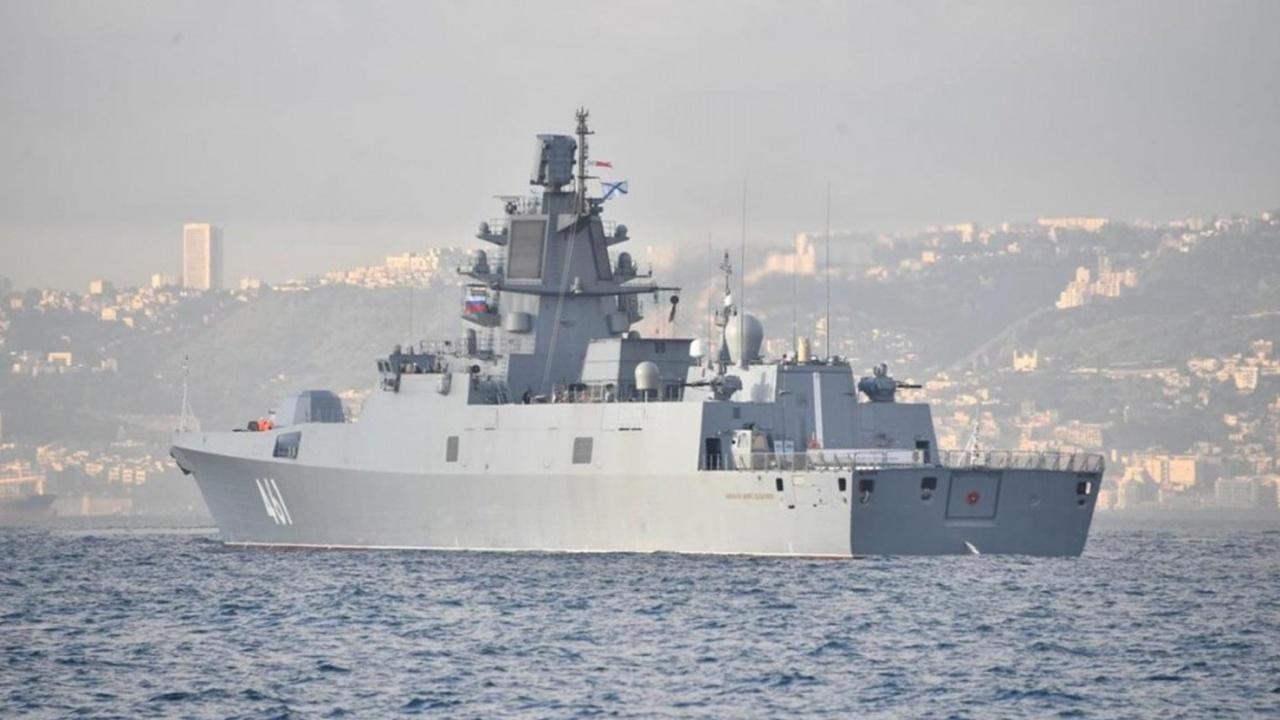 Фрегат «Адмирал Касатонов» завершил деловой визит в Алжир