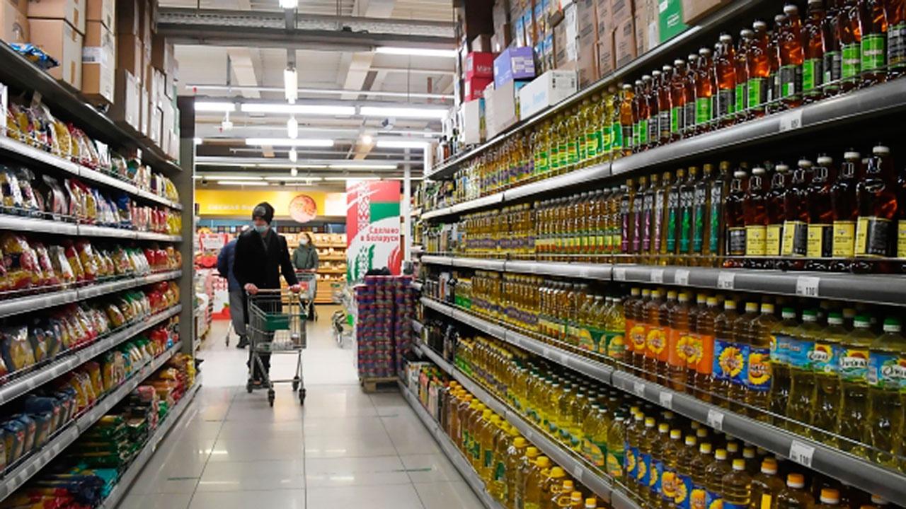 Минсельхоз призвал регионы сдержать цены на макароны, картофель и яйца