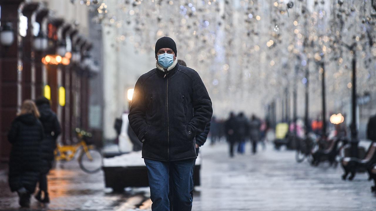 Носить или не носить: врачи объяснили, нужны ли маски после вакцинации от COVID-19