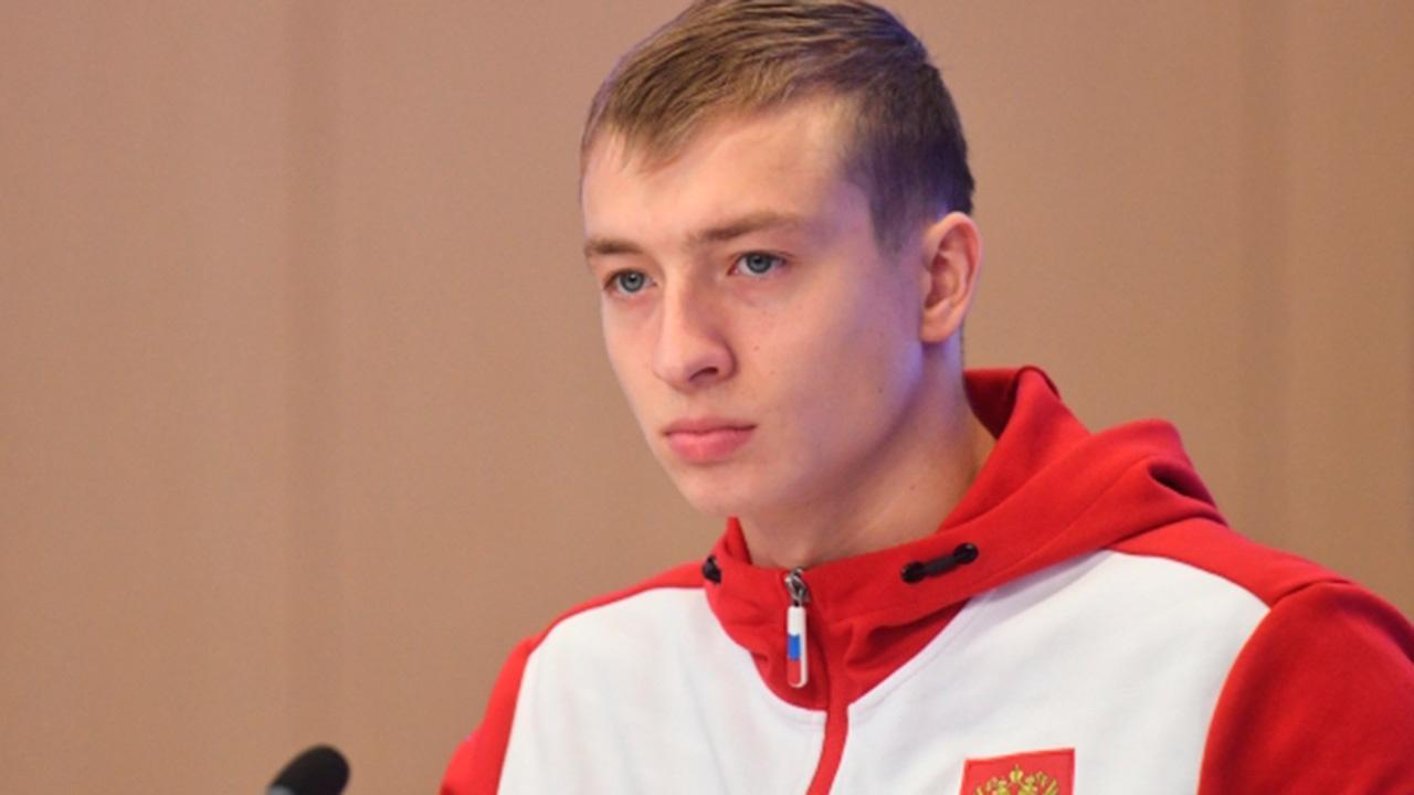 Максим Буров взял первое место в лыжной акробатике на этапе Кубка мира по фристайлу