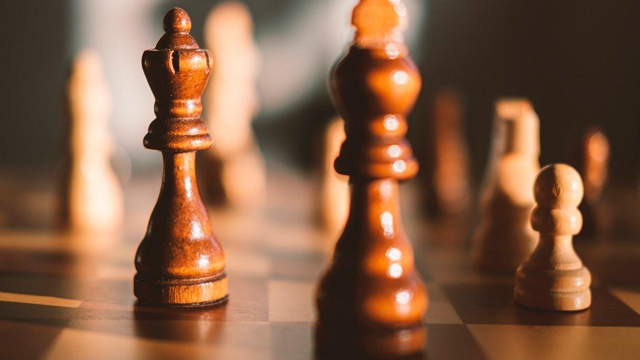 Российский шахматист Есипенко обыграл действующего чемпиона мира Карлсена