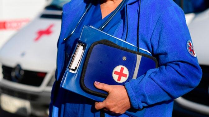 Минтруд РФ запретил врачам скорой помощи спать и читать по пути на вызов