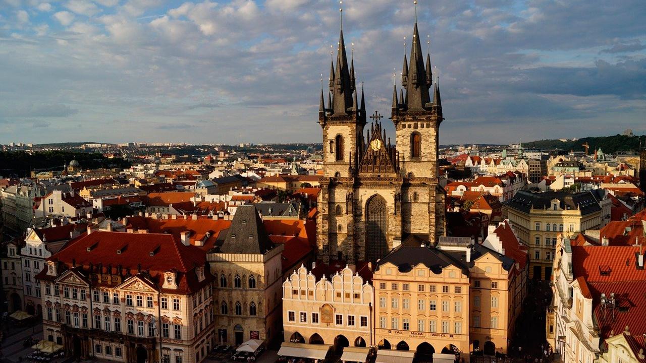 Чехия запретила въезд иностранцам без крайней необходимости