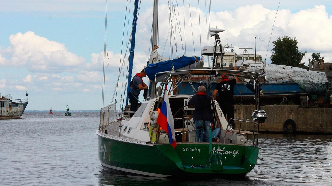 В Вануату задержали экипаж российской яхты