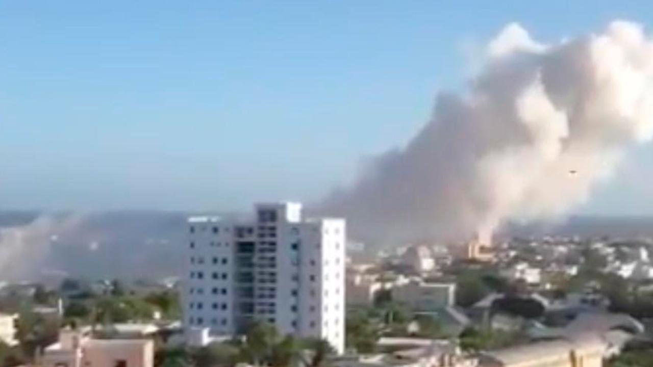 СМИ сообщили об атаке террористов на отель в Сомали