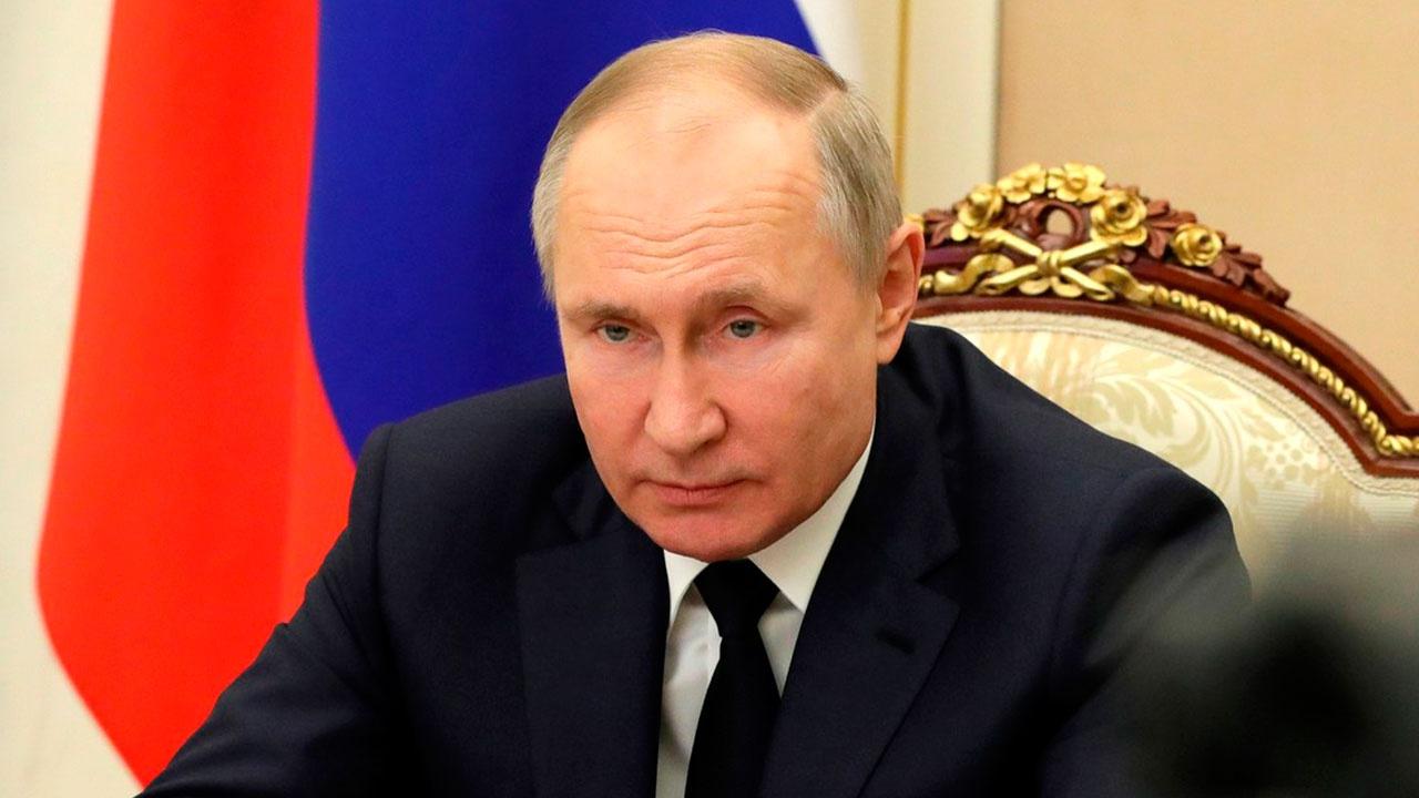 В Кремле раскрыли детали разговора Путина с Наиной Ельциной