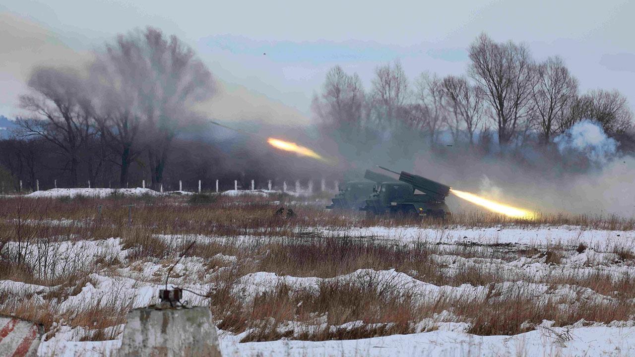 Гул артиллерийских залпов: морпехи Балтфлота провели стрельбы под Калининградом