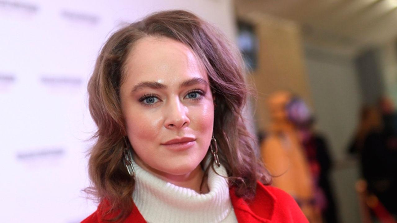 Актрису Аглаю Тарасову отпустили из отдела полиции