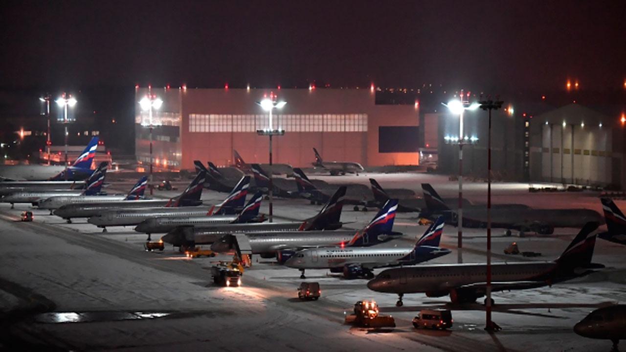 Выполнявший рейс Москва - Амстердам самолет сел в Шереметьево