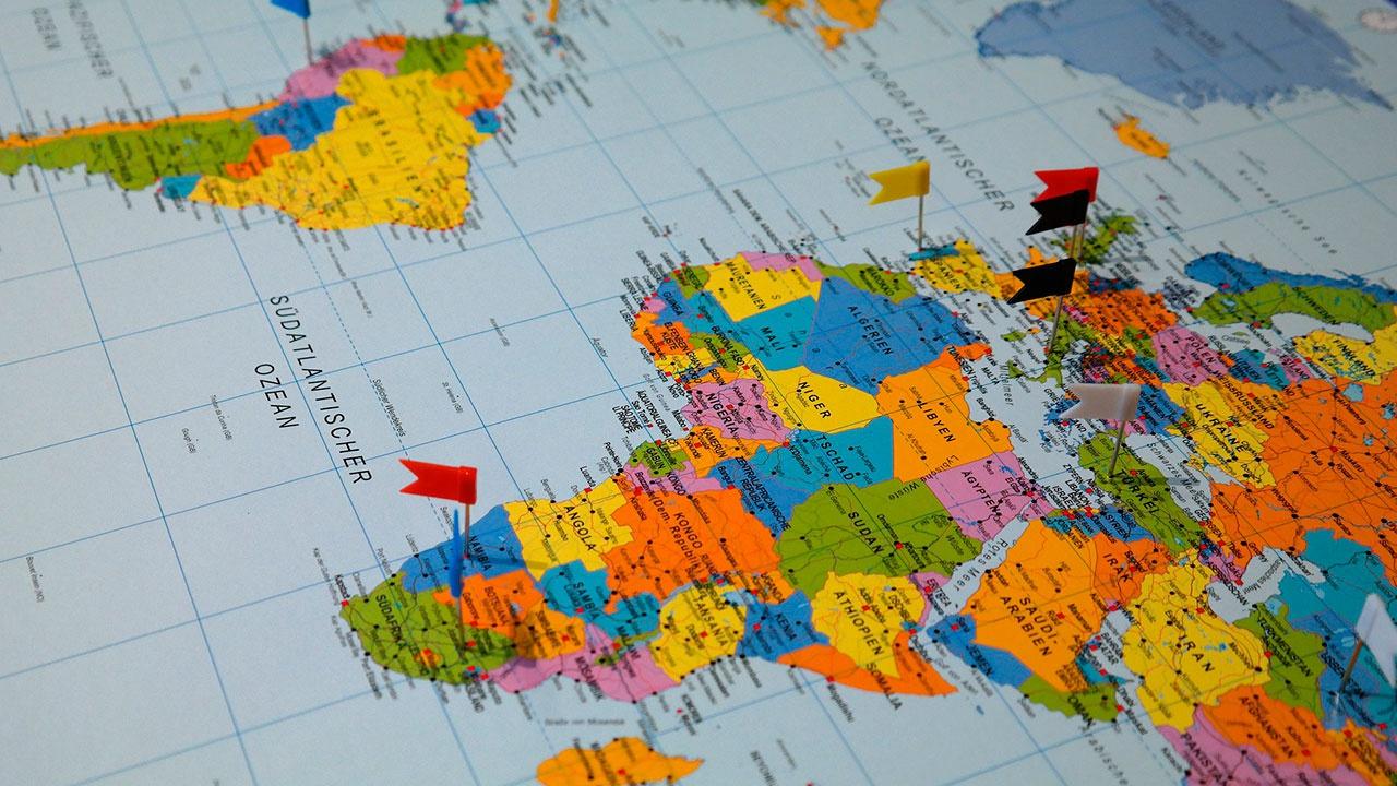 Названы страны, которые чаще всего «теряют» на карте