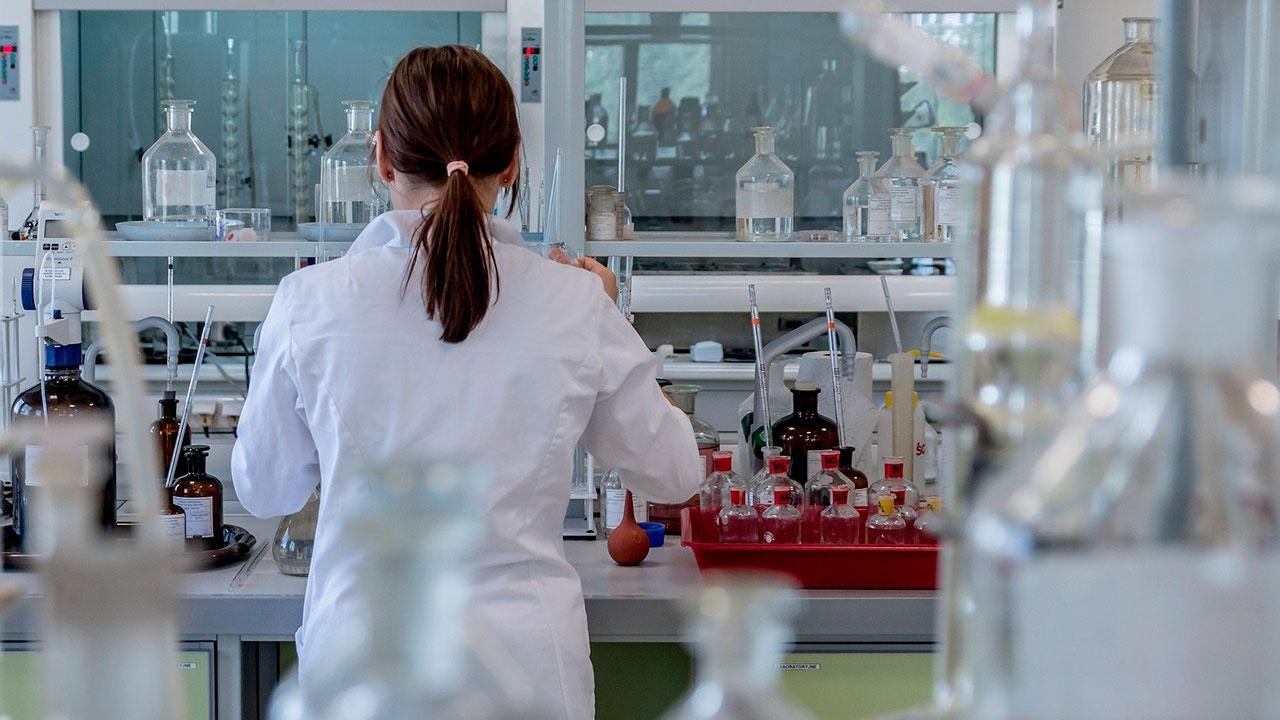 СМИ: в России ведутся разработки лекарства от ВИЧ
