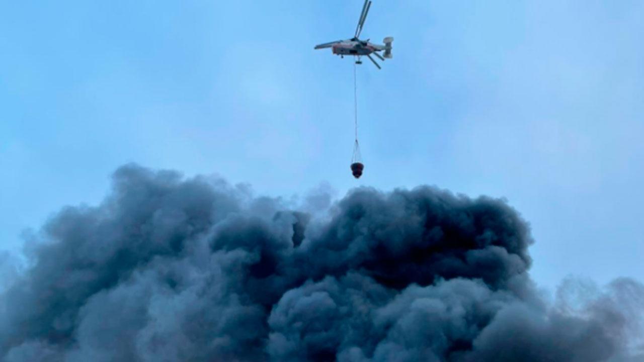 МЧС ликвидировало пожар в ангаре на Варшавском шоссе
