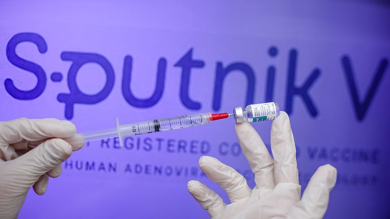 Жириновский предложил выдвинуть создателей российской вакцины «Спутник V» на Нобелевскую премию