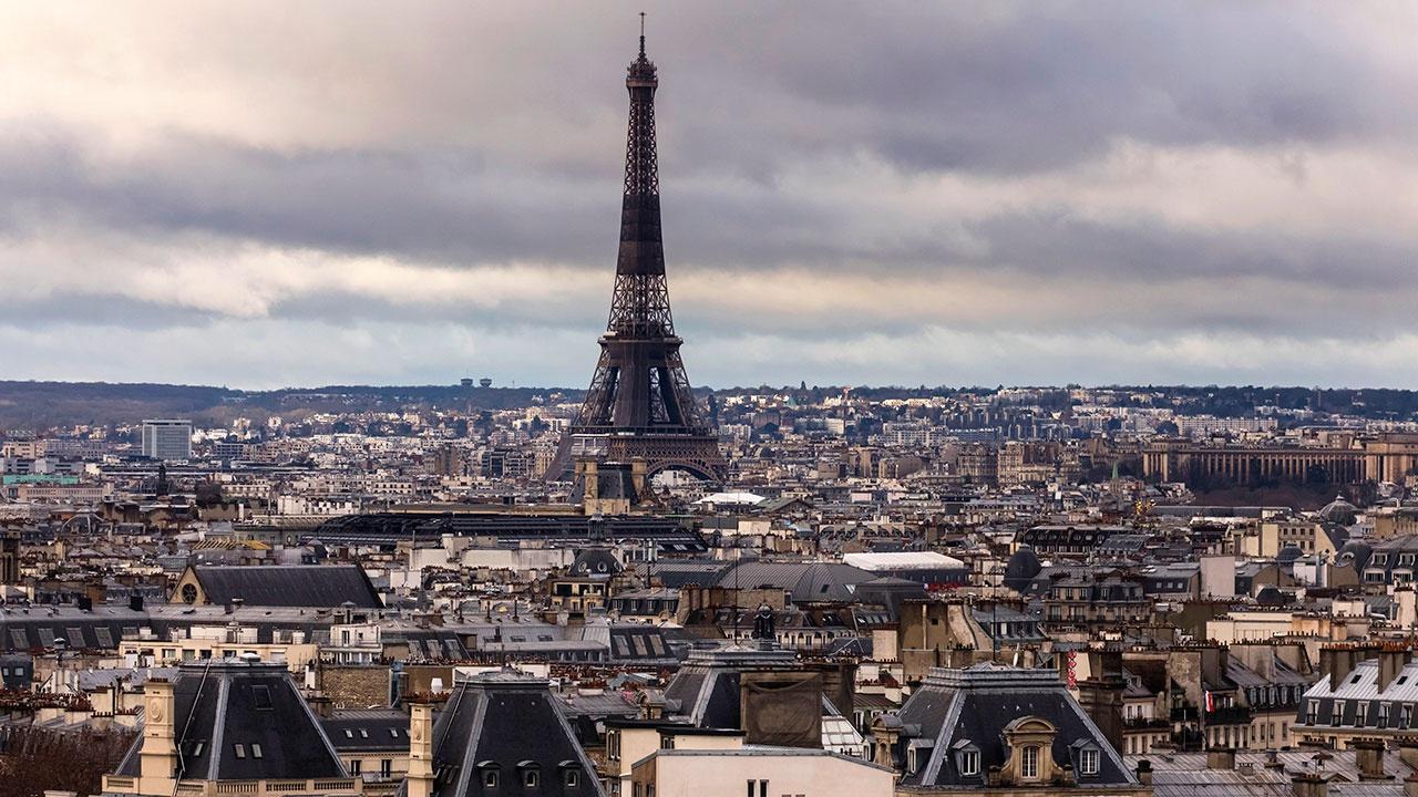 Франция рискует «столкнуться» с резким ростом заражения COVID-19