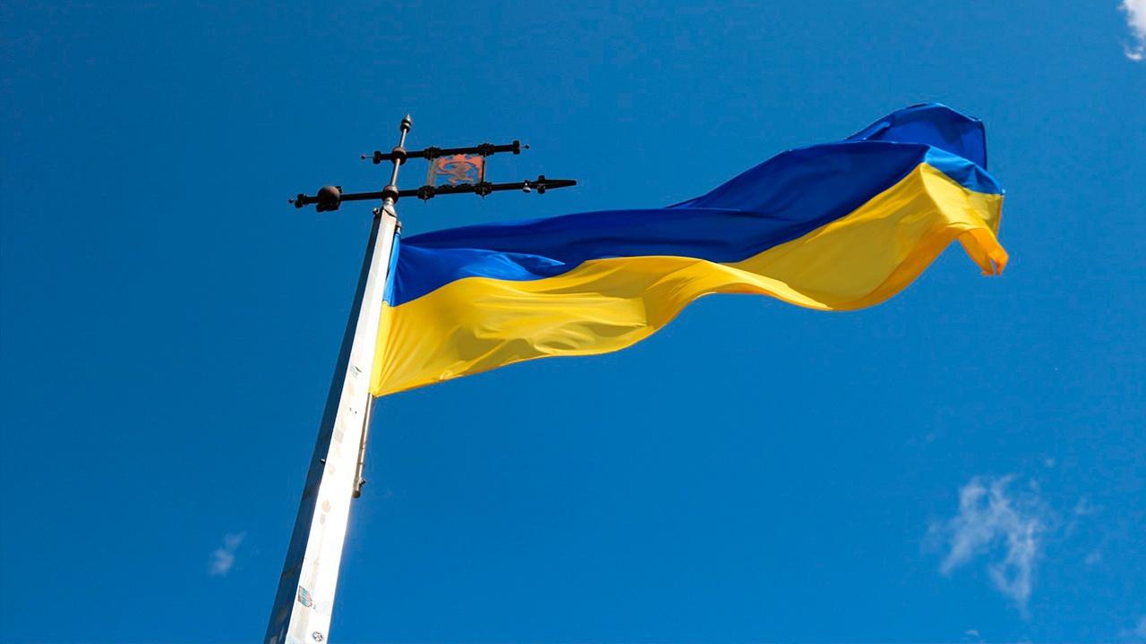 Украинское правительство запретило регистрировать российские вакцины от COVID-19