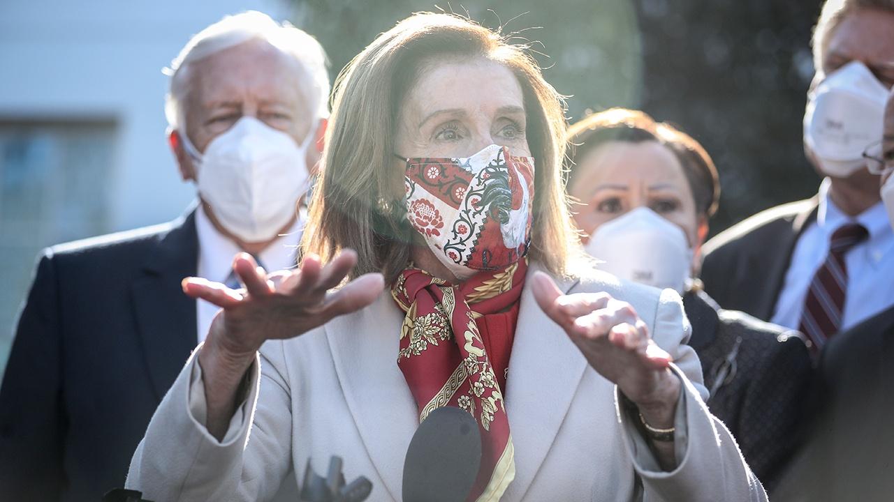 Обнародованы детали эвакуации Пенса и Пелоси во время захвата Капитолия