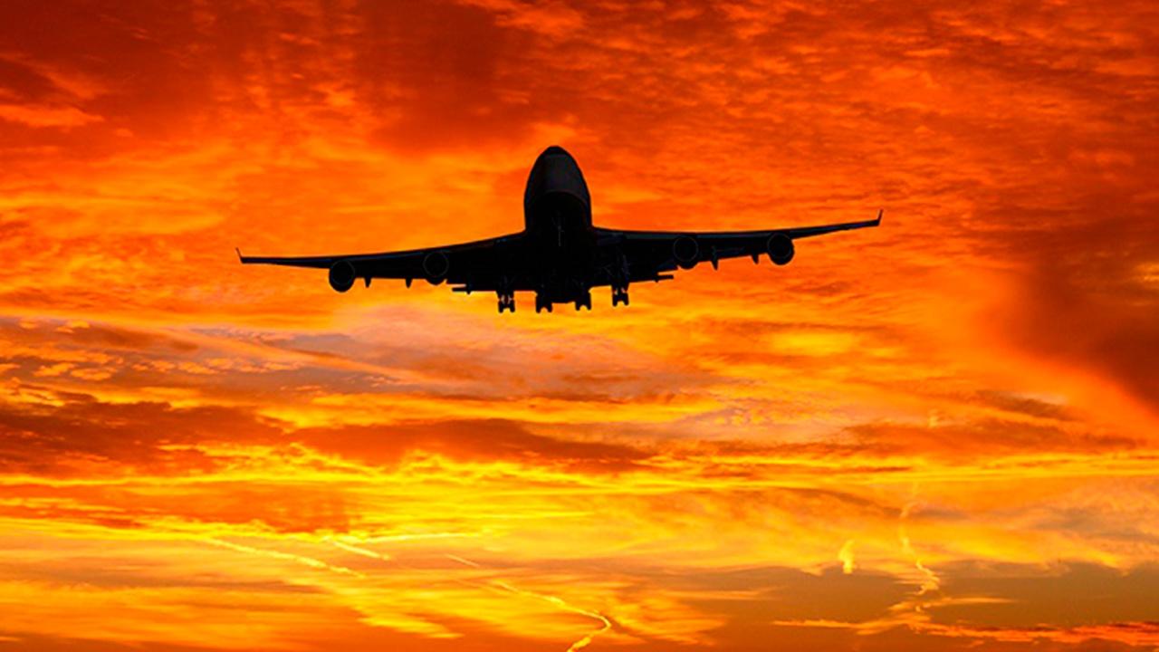 Более ста рейсов задержаны в московских аэропортах из-за снегопада