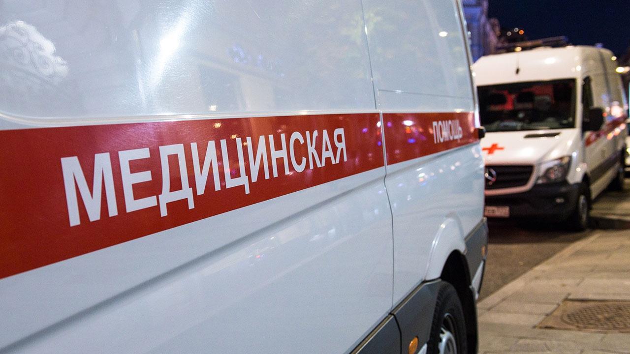 В Москве автомобиль такси наехал на пешехода