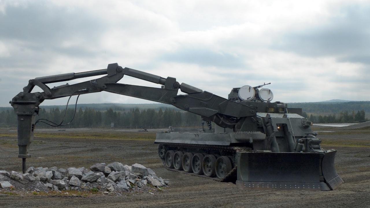 «Уралвагонзавод» впервые представит за рубежом инженерную машину УБИМ