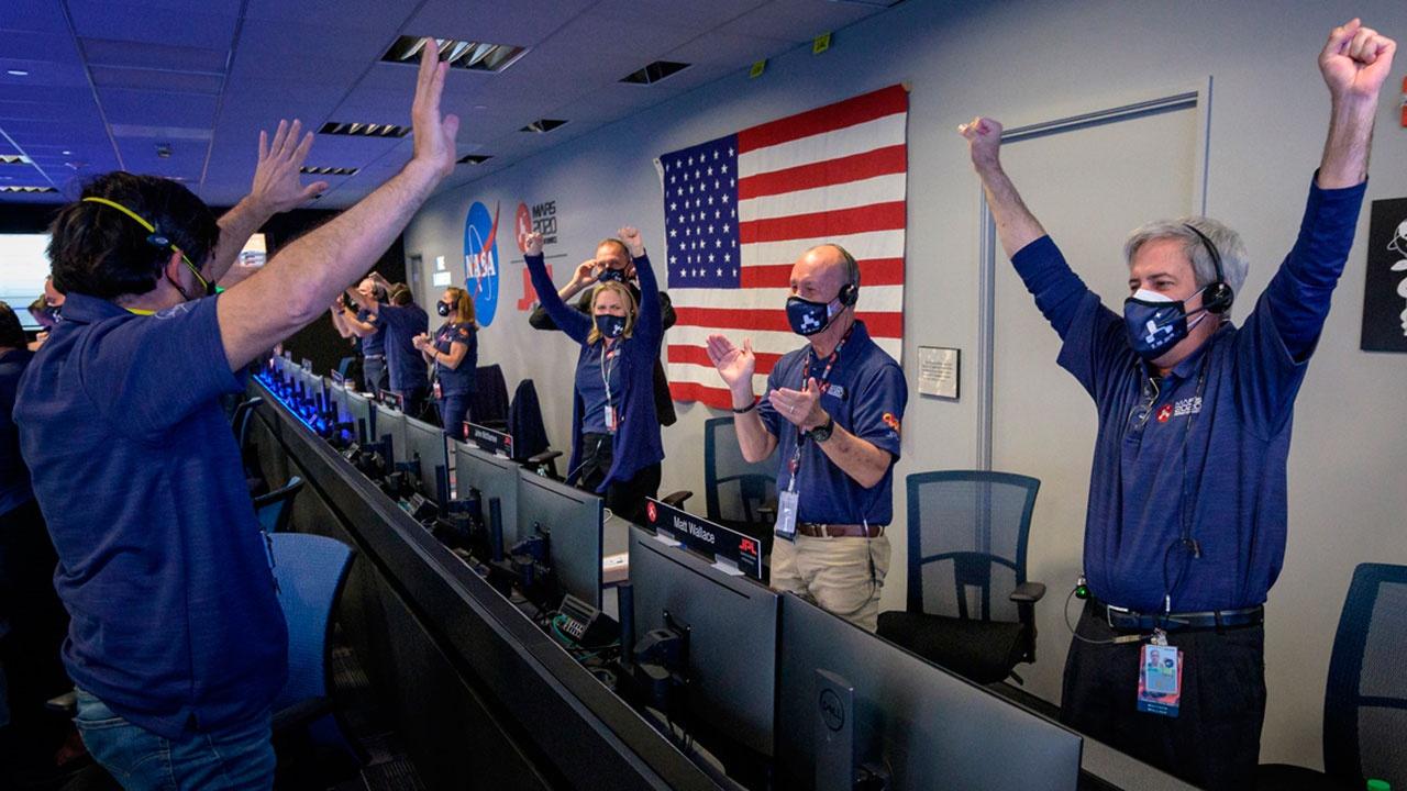Байден поздравил NASA с успешной посадкой аппарата Perseverance на Марс
