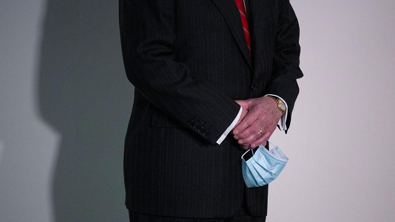 Главный инфекционист США рассказал о сроках отмены масочного режима