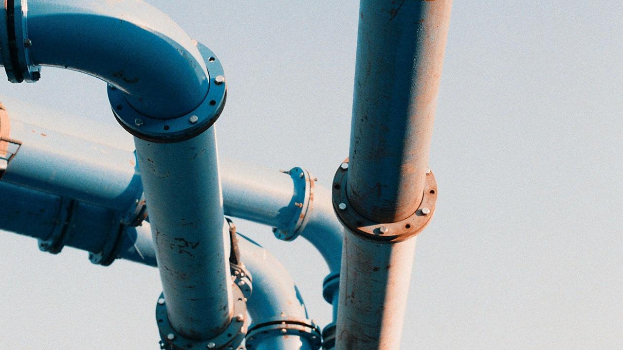Транзит газа в Казахстан прекращен после взрыва на трубопроводе в Оренбургской области