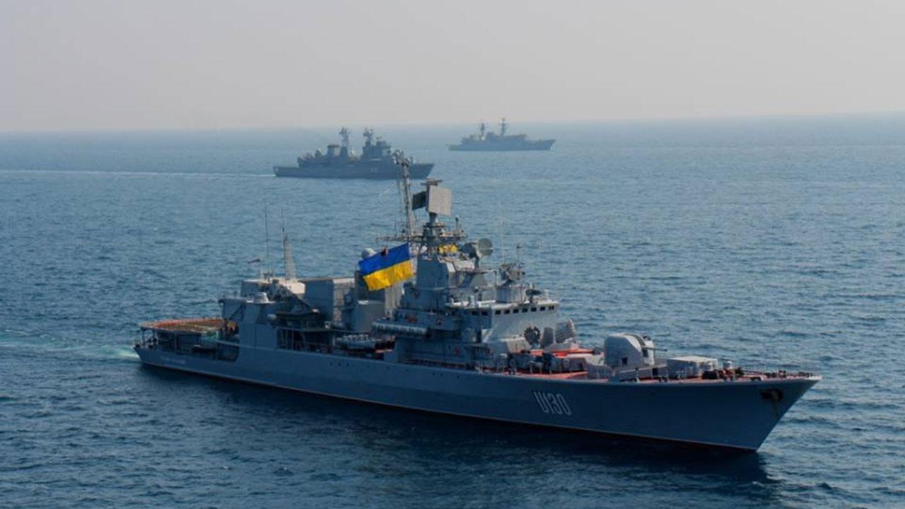 Флагман ВМС Украины назвали небоеспособным