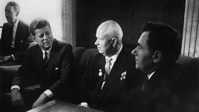 Экс-глава ЦРУ назвал Хрущева причастным к убийству Кеннеди