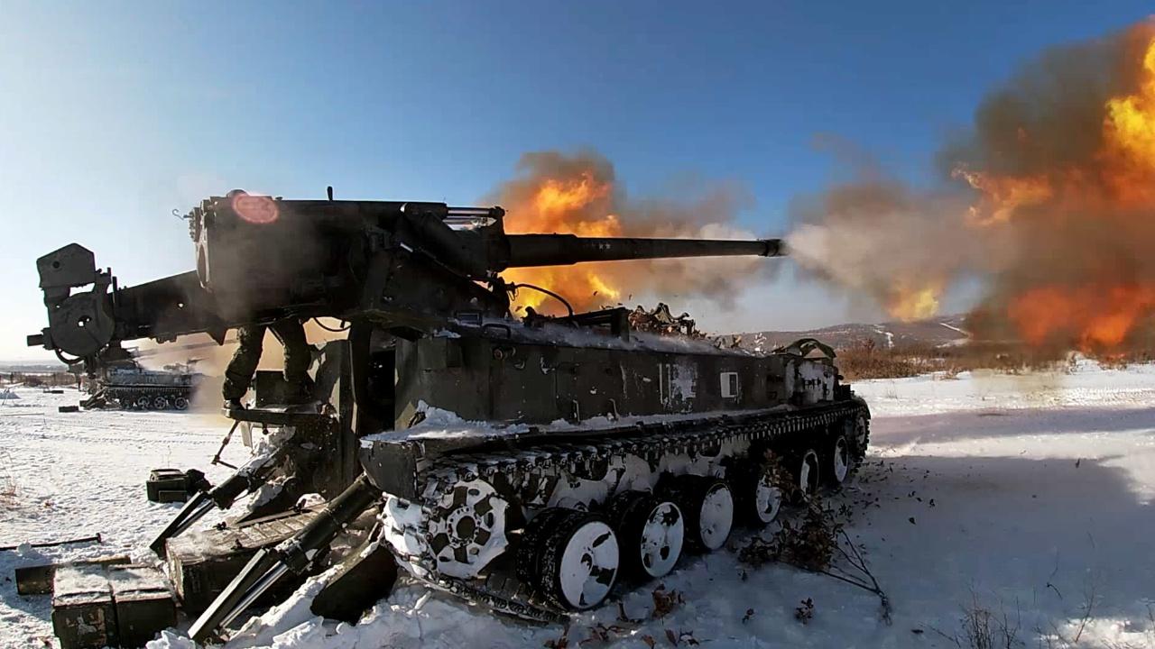 Артиллерийский шторм: тяжелые орудия, минометы и реактивные системы ВВО утопили «противника» в разрывах