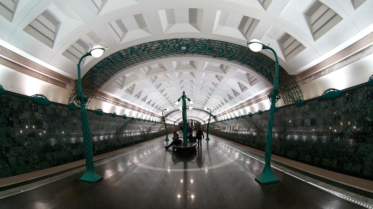 В полиции раскрыли подробности инцидента с угрозой взрыва в метро «Славянский бульвар»