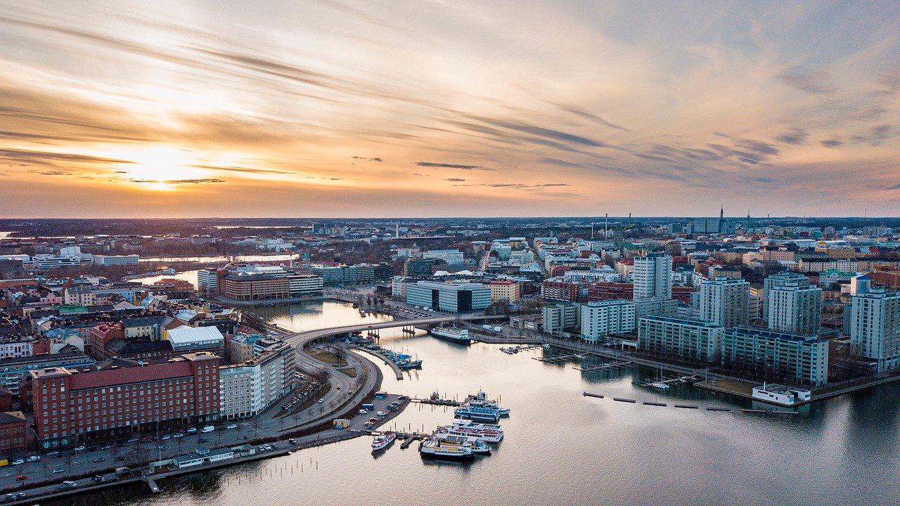 В Финляндии могут вернуть режим ЧП из-за коронавируса