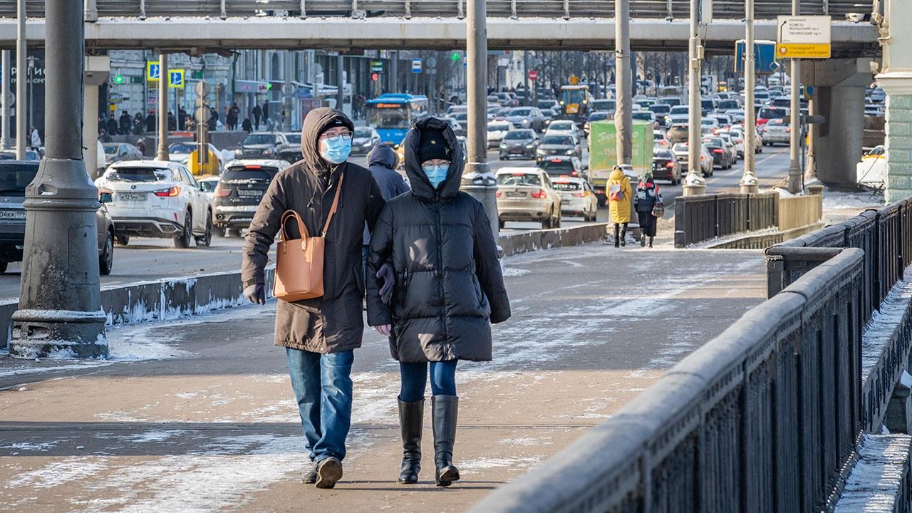 Власти Москвы назвали условие для отмены всех ограничений из-за COVID-19