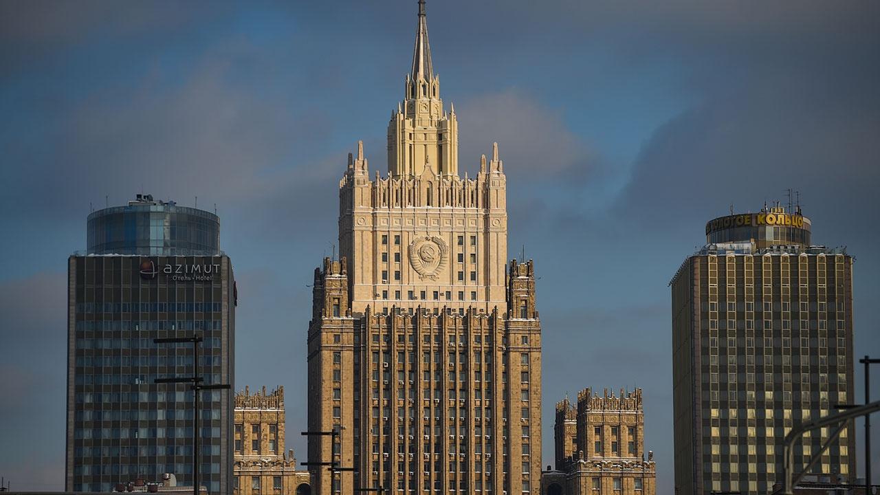 Захарова заявила, что Москва решительно осуждает авиаудар США по Сирии