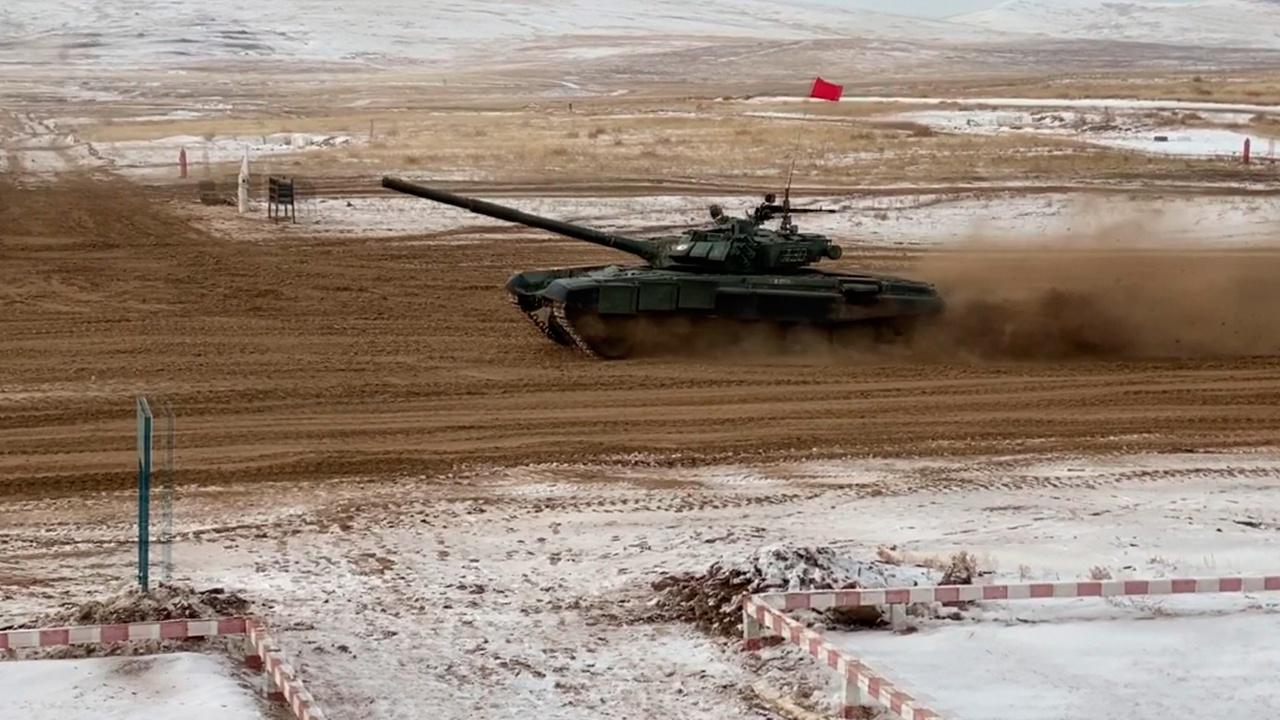 Стальной заезд: в Бурятии завершился второй отборочный этап «Танкового биатлона»