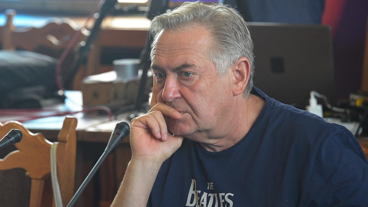 Стоянов раскритиковал раскрывшую зарплаты актеров звезду «Ворониных»