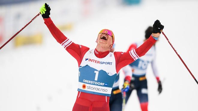 Российские лыжники Большунов и Ретивых вышли в финал командного спринта на Чемпионате мира