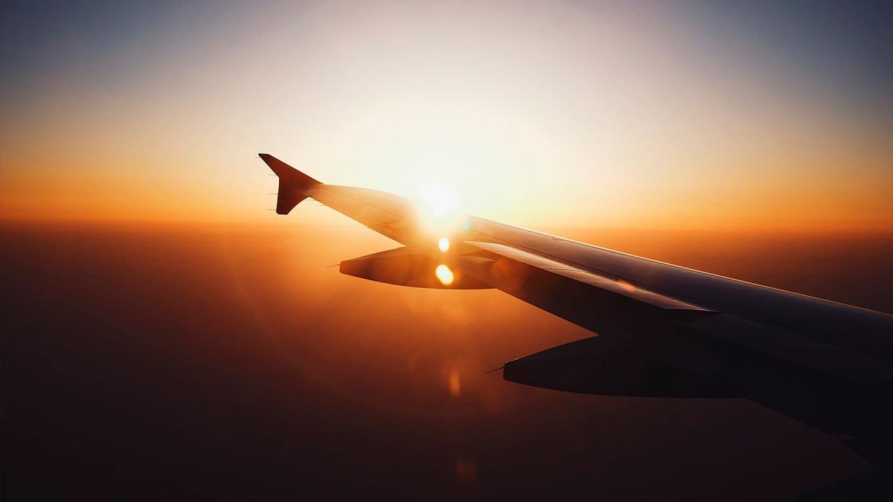 Авиакомпании попросили сократить отпуск пилотам