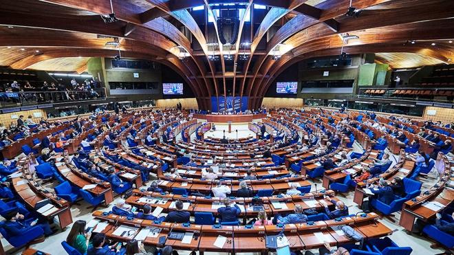 Песков: РФ нужно работать с ПАСЕ, пока ассамблея сама не откажется от сотрудничества