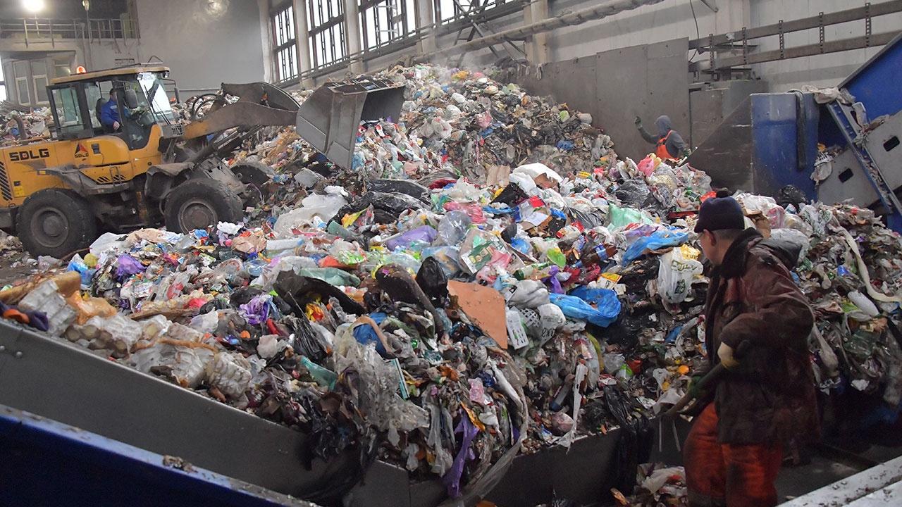 На цементных заводах России будут использовать топливо из отходов