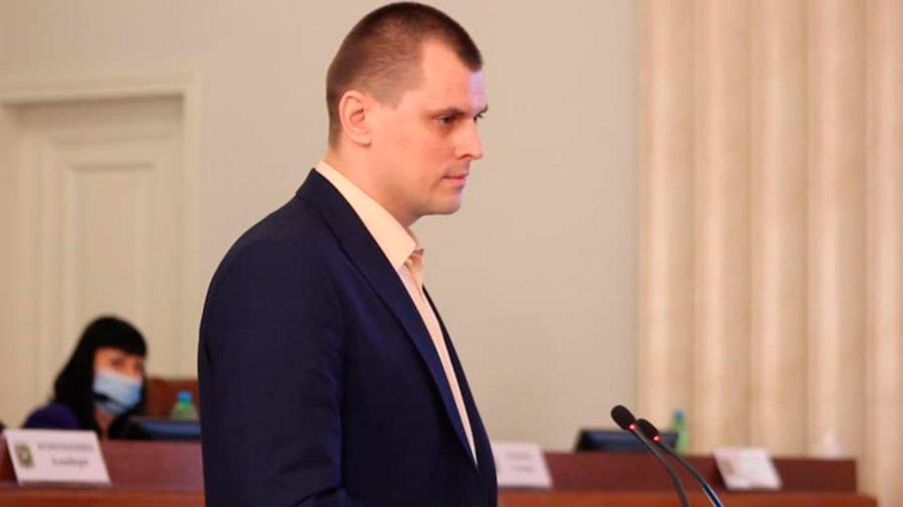 Украинского депутата исключили из фракции за русскую речь