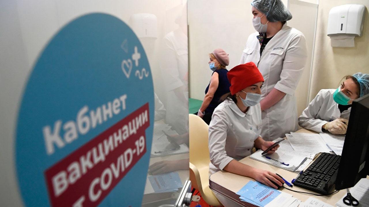 Первый компонент вакцины от коронавируса получили пять миллионов россиян