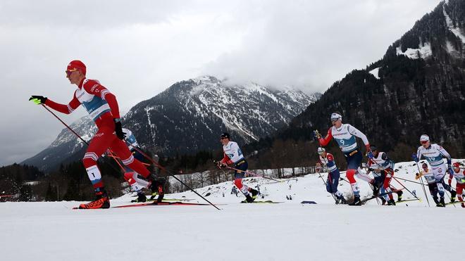 Александр Большунов взял бронзу в марафоне на ЧМ по лыжным гонкам