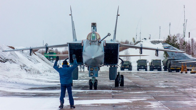 Летчики Северного флота отработали перехваты воздушных целей над Заполярьем