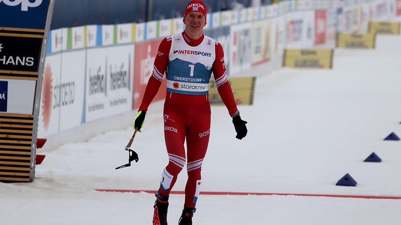 Большунову присудили серебро после дисквалификации Клебо в марафоне на ЧМ по лыжным гонкам
