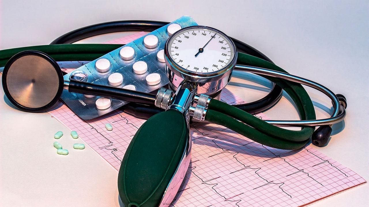 Врачи перечислили основные способы снизить артериальное давление без лекарств