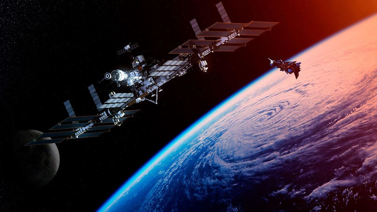 На МКС продолжается утечка воздуха, несмотря на заделку двух трещин