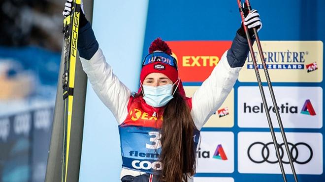 Глава Минспорта поздравил Большунова и Ступак с победами на этапе КМ по лыжным гонкам